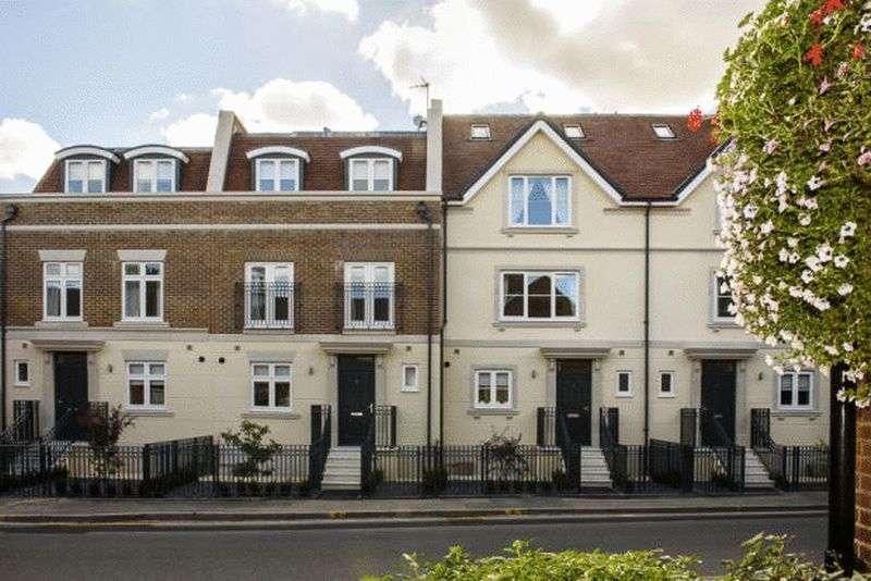 5 Bedrooms Terraced House for rent in Eton Court, Eton