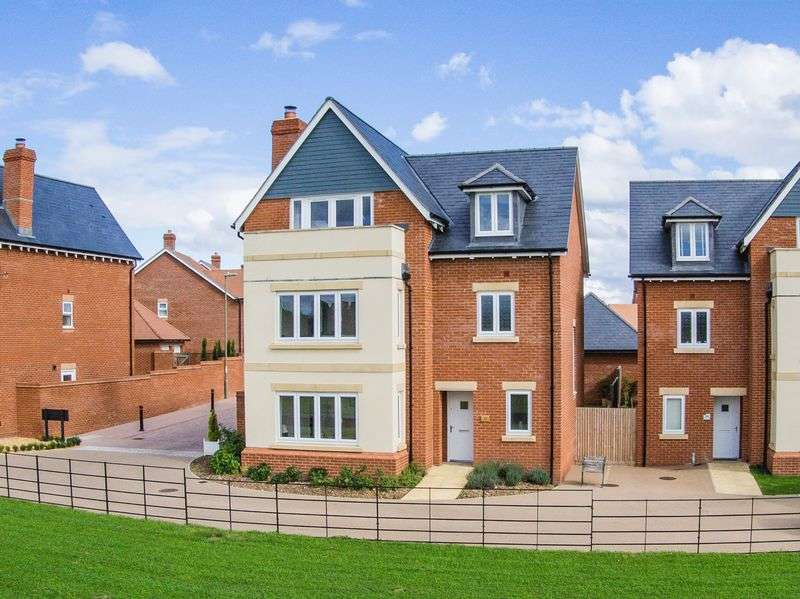 5 Bedrooms Detached House for sale in Romsey, Hampshire