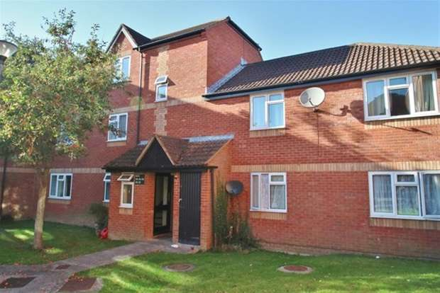 1 Bedroom Flat for sale in Old Market Court, George Street, Glastonbury