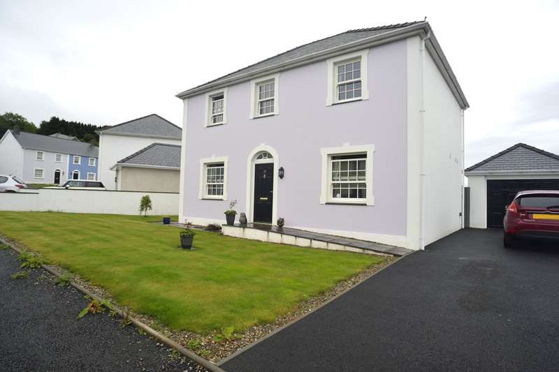 3 Bedrooms Detached House for sale in Stad Craig Ddu, Llanon, Ceredigion, SY23
