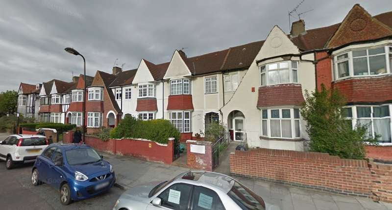4 Bedrooms Terraced House for sale in Nightingale Road, London