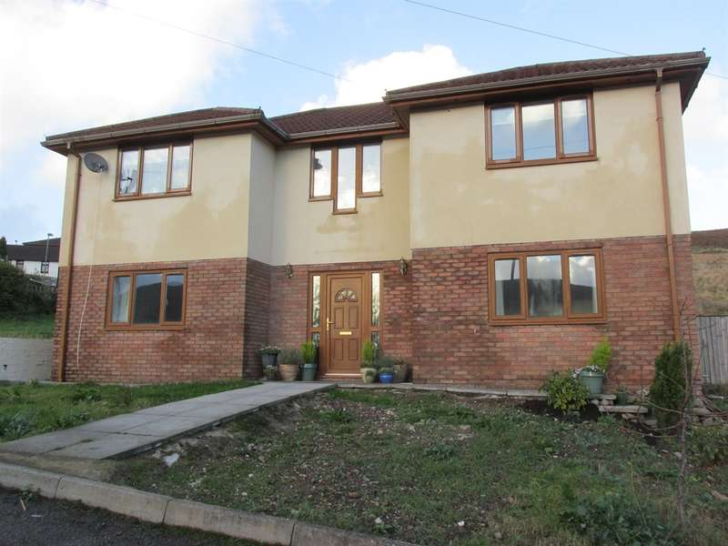 4 Bedrooms Detached House for sale in Carn Y Tyla Terrace, Abertysswg, Tredegar
