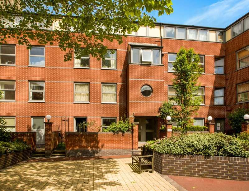 Flat for sale in Halifax Place, Nottingham, NG1