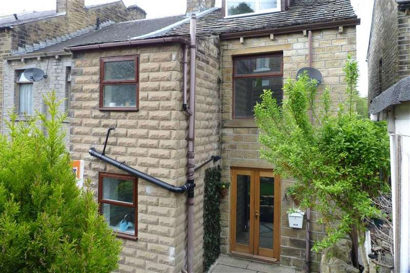 3 Bedrooms Property for sale in 803, Manchester Road, Milnsbridge, Huddersfield