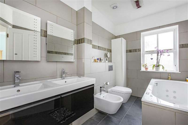3 Bedrooms House for sale in Timothy Close, London, SW4