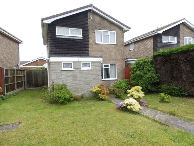 3 Bedrooms Detached House for sale in Mallard Way, Bradwell, Great Yarmouth