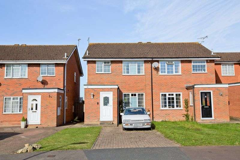 3 Bedrooms Semi Detached House for sale in Western Road, Burgess Hill