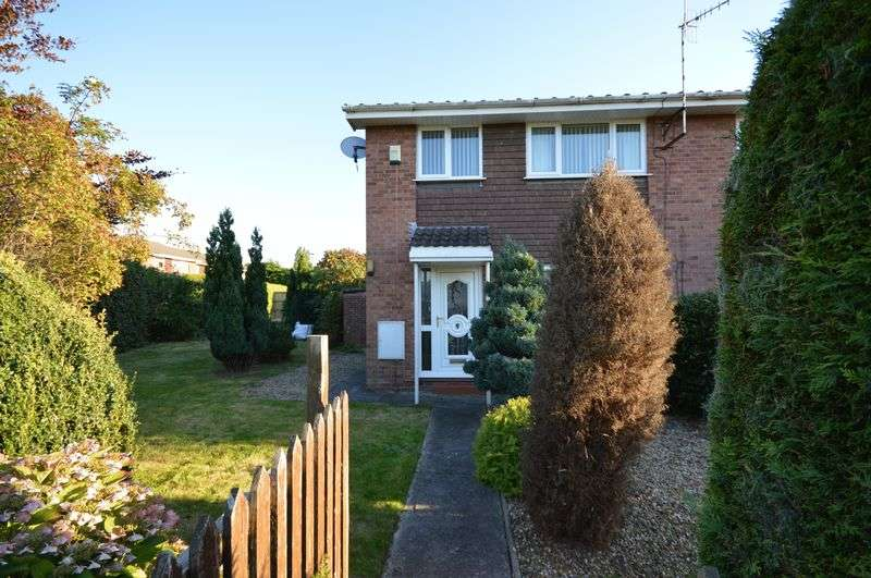 3 Bedrooms Terraced House for sale in King Edward Close, Bristol