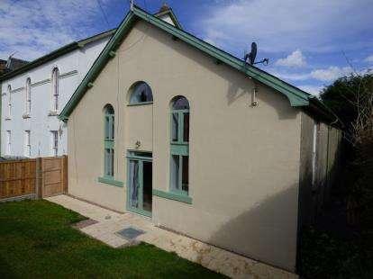 4 Bedrooms Semi Detached House for sale in Capel Gorffwysfa, Stryd Y Castell, Penrhyndeudraeth, Gwynedd, LL48