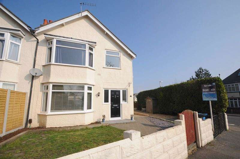 3 Bedrooms Semi Detached House for sale in Glen Road, Parkstone, Poole