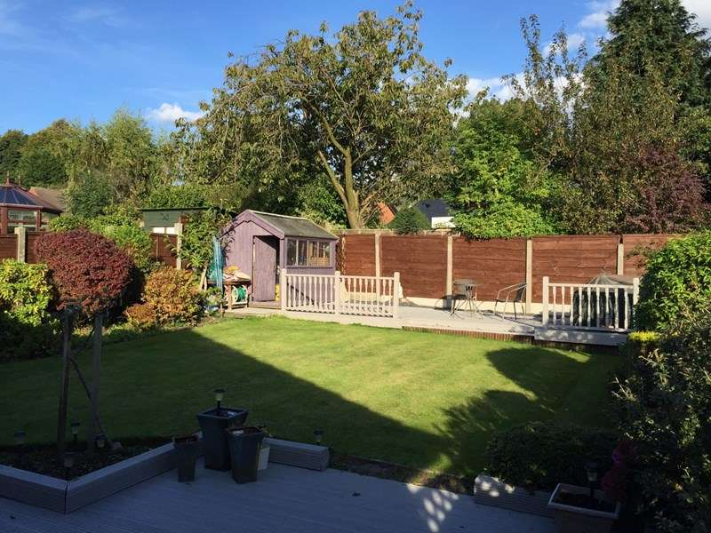 2 Bedrooms Bungalow for sale in Hillcrest, Atherton, Manchester, Greater Manchester