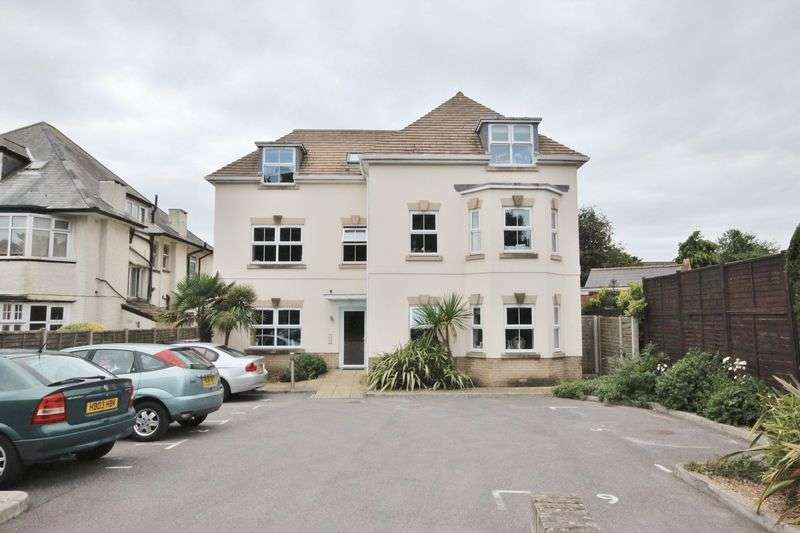 3 Bedrooms Flat for sale in Belle Vue Road, Southbourne, Bournemouth