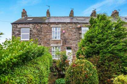 3 Bedrooms Terraced House for sale in Garden Terrace, Middleton, Morecambe, Lancashire, LA3