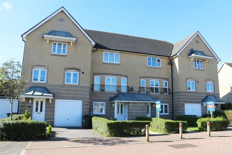 4 Bedrooms Town House for sale in Highfields, BASINGSTOKE