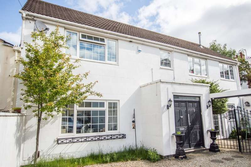 4 Bedrooms Detached House for sale in Tryes Road, Cheltenham GL50 2HD