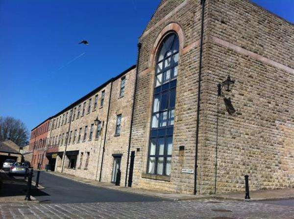 1 Bedroom Apartment Flat for sale in Kiers Court, Horwich, Bolton
