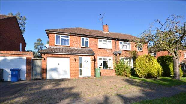 5 Bedrooms Semi Detached House for sale in Westwood Green, Cookham, Berkshire