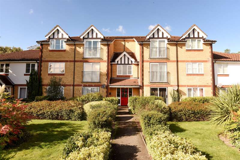 2 Bedrooms Apartment Flat for sale in Morse Close, Harefield, Middlesex, UB9