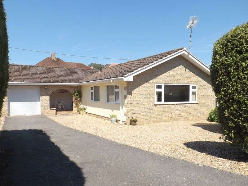 3 Bedrooms Detached Bungalow for sale in Marlpit Close, Seaton