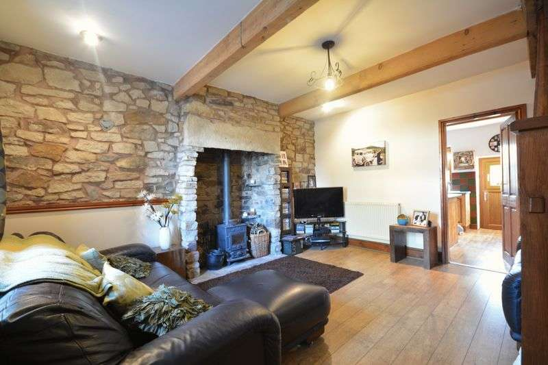 2 Bedrooms Cottage House for sale in Worsley Street, Rising Bridge, Accrington