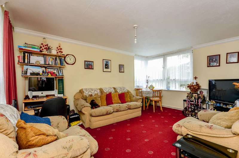 2 Bedrooms Flat for sale in The Waldrons, Croydon, CR0