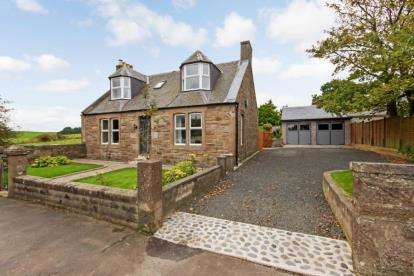 4 Bedrooms Detached House for sale in Main Road, Kirkoswald