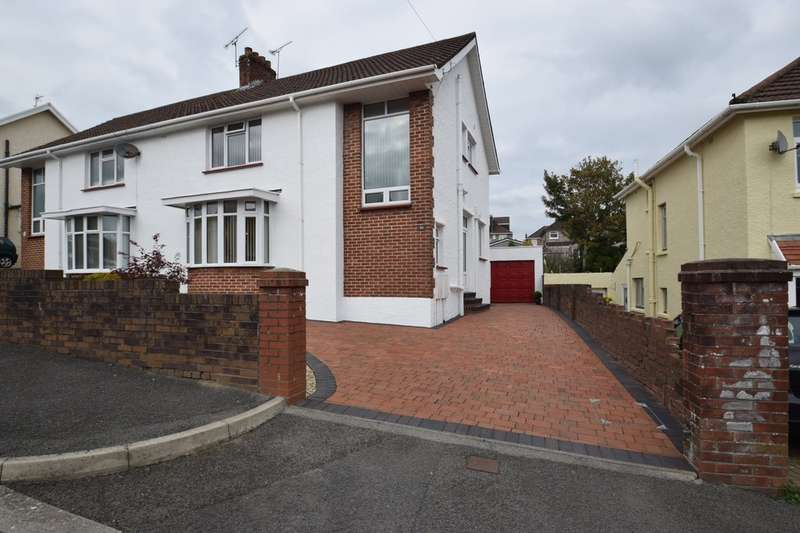 4 Bedrooms Semi Detached House for sale in 88 Oaklands Road, Bridgend, Bridgend County Borough, CF31 4SU