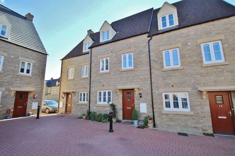 3 Bedrooms Terraced House for sale in BUTTERCROSS LANE, Witney OX28 4DN