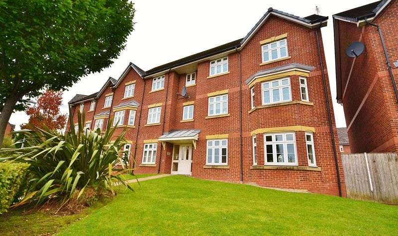 2 Bedrooms Flat for sale in Brattice Drive, Swinton