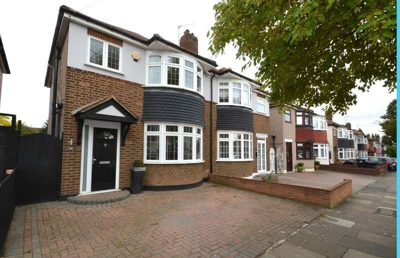 3 Bedrooms Semi Detached House for sale in Penrith Road, Ilford, Essex, IG6