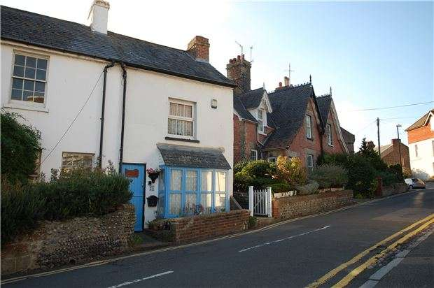 1 Bedroom Cottage House for sale in Ocklynge Road, EASTBOURNE, BN21 1PY