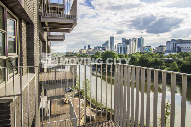 1 Bedroom Flat for sale in Kent Building, City Island, London