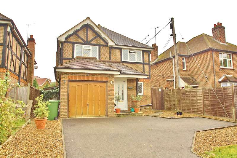 4 Bedrooms Detached House for sale in Lucas Green, West End, Woking, Surrey, GU24