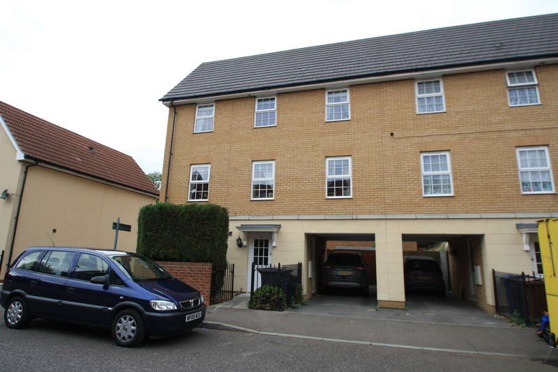 4 Bedrooms Town House for sale in Purfleet, essex