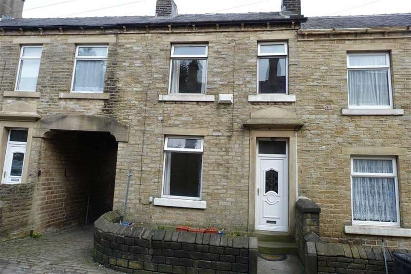 3 Bedrooms Property for sale in 3, Barlbrough Place, Milnsbridge, Huddersfield