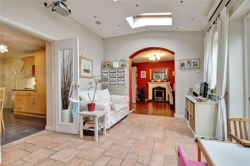 4 Bedrooms Link Detached House for sale in Acorn Croft, Witton Gilbert, Durham, DH7