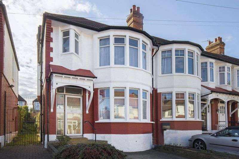 3 Bedrooms Terraced House for sale in Tottenhall Road, Palmers Green, N13
