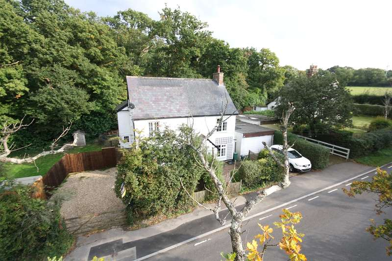 3 Bedrooms Semi Detached House for sale in Crossways Cottages, Masons Bridge Road, RH1