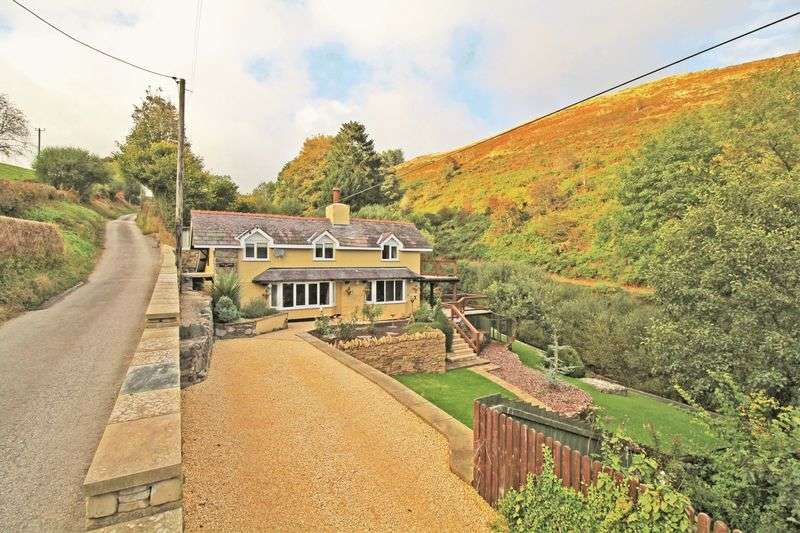 3 Bedrooms Detached House for sale in Tregeiriog, Near Llangollen