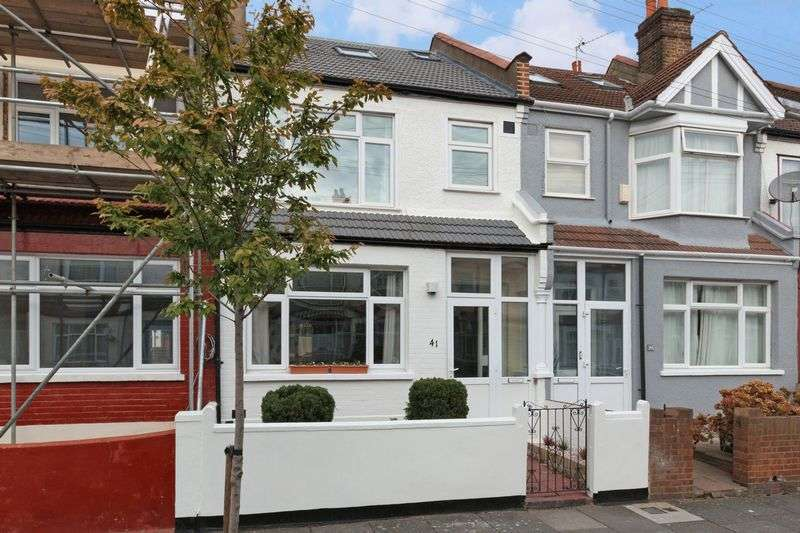 4 Bedrooms Terraced House for sale in Cromer Road, London