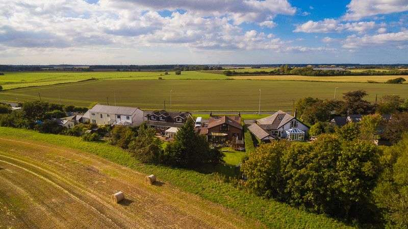 4 Bedrooms Detached House for sale in Mairscough Lane, Downholland