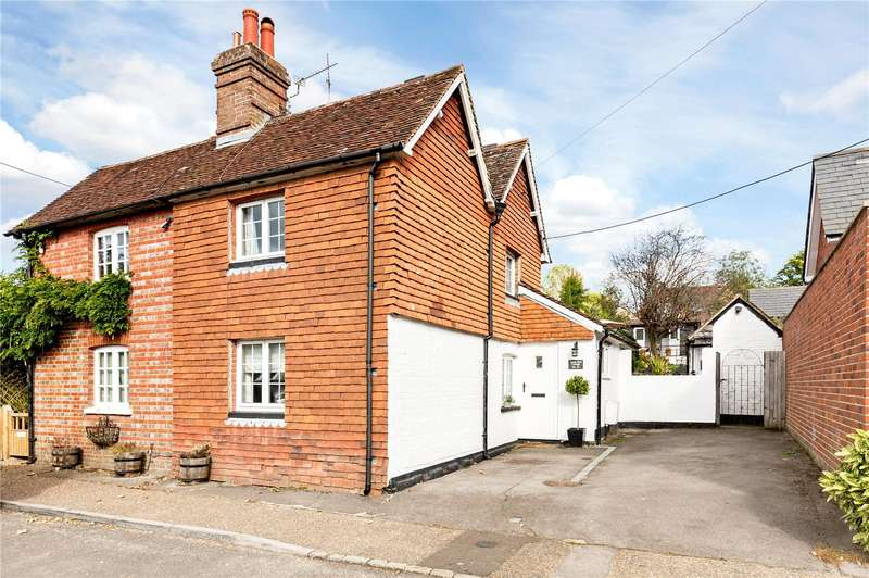 2 Bedrooms Semi Detached House for sale in Vann Road, Fernhurst, Haslemere, West Sussex, GU27
