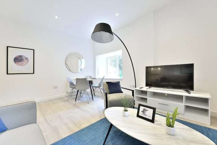 1 Bedroom Flat for sale in Richard Trees Way, London, London, E3