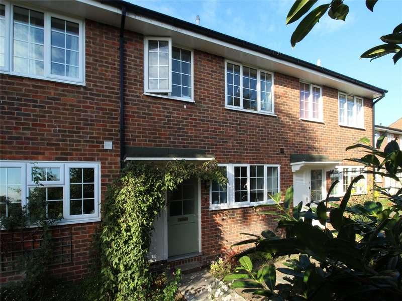 3 Bedrooms Terraced House for sale in Midhope Gardens, Midhope Road, Woking, Surrey, GU22