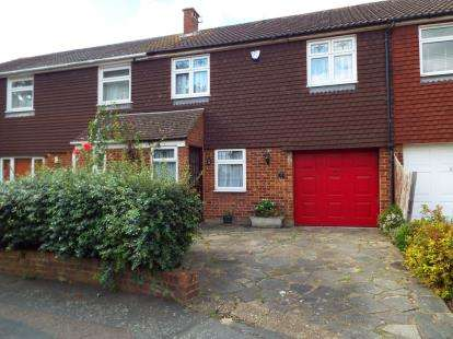 3 Bedrooms Terraced House for sale in Chigwell, Essex