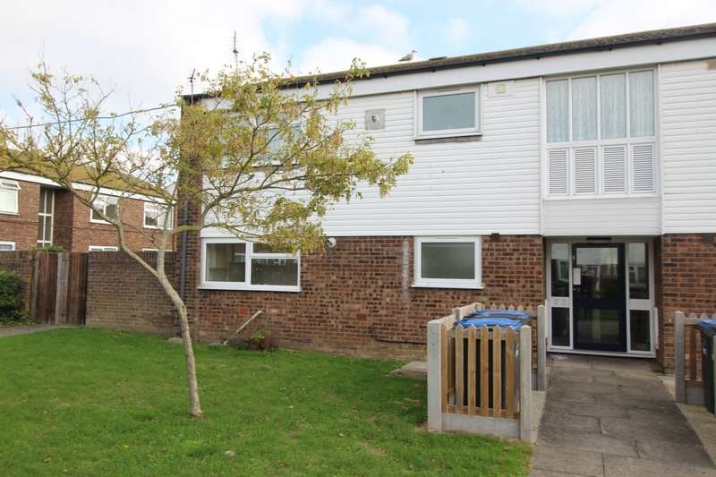 2 Bedrooms Semi Detached House for sale in Douglas Road, Deal, CT14