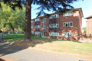 2 Bedrooms Flat for sale in Parker House, Southend Road, Beckenham