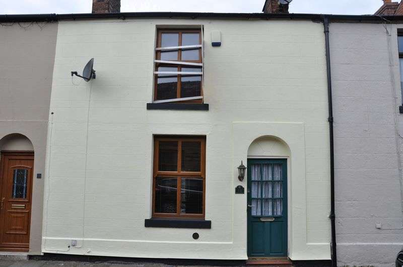 2 Bedrooms Semi Detached House for sale in Wood Street, Bolton