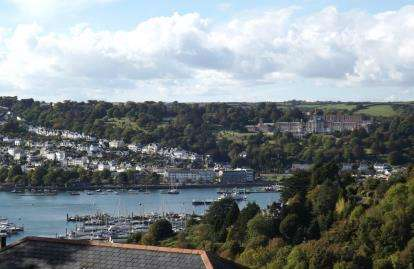 4 Bedrooms End Of Terrace House for sale in Higher Contour Road, Kingswear, Dartmouth