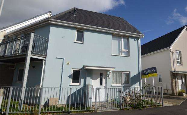 2 Bedrooms Flat for sale in Yellowmead Road, Plymouth, Devon